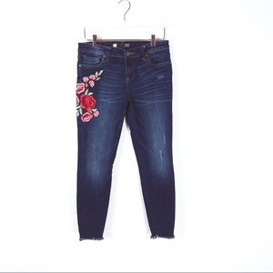 Kut | Connie Ankle Skinny Embroidered jeans size 8